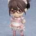 Use the Nendoroid together with the AR application to change her outfit!