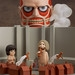 Nendoroid Colossus Titan & Attack Playset