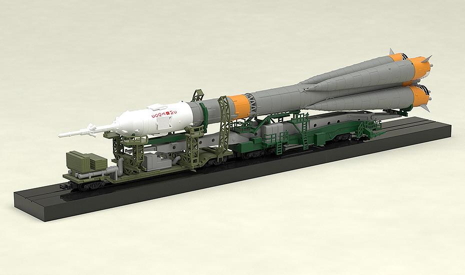 1//150 Plastic Model Soyuz Rocket Transport Train GOOD SMILE COMPANY