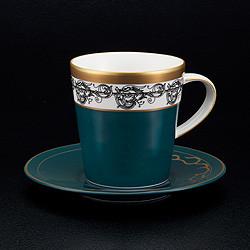 剛沖泡好的咖啡(綠)
